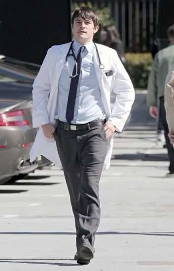 GoodDoctor_OnSet021010_09.jpg