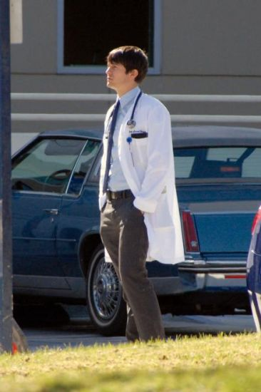 GoodDoctor_OnSet021010_14.jpg