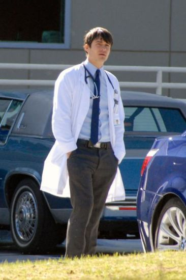 GoodDoctor_OnSet021010_27.jpg